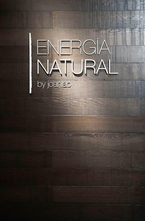 backdrop bằng gỗ dán chữ nổi mica